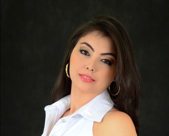 Elizabeth Jaha - aprovada na Receita Federal do Brasil
