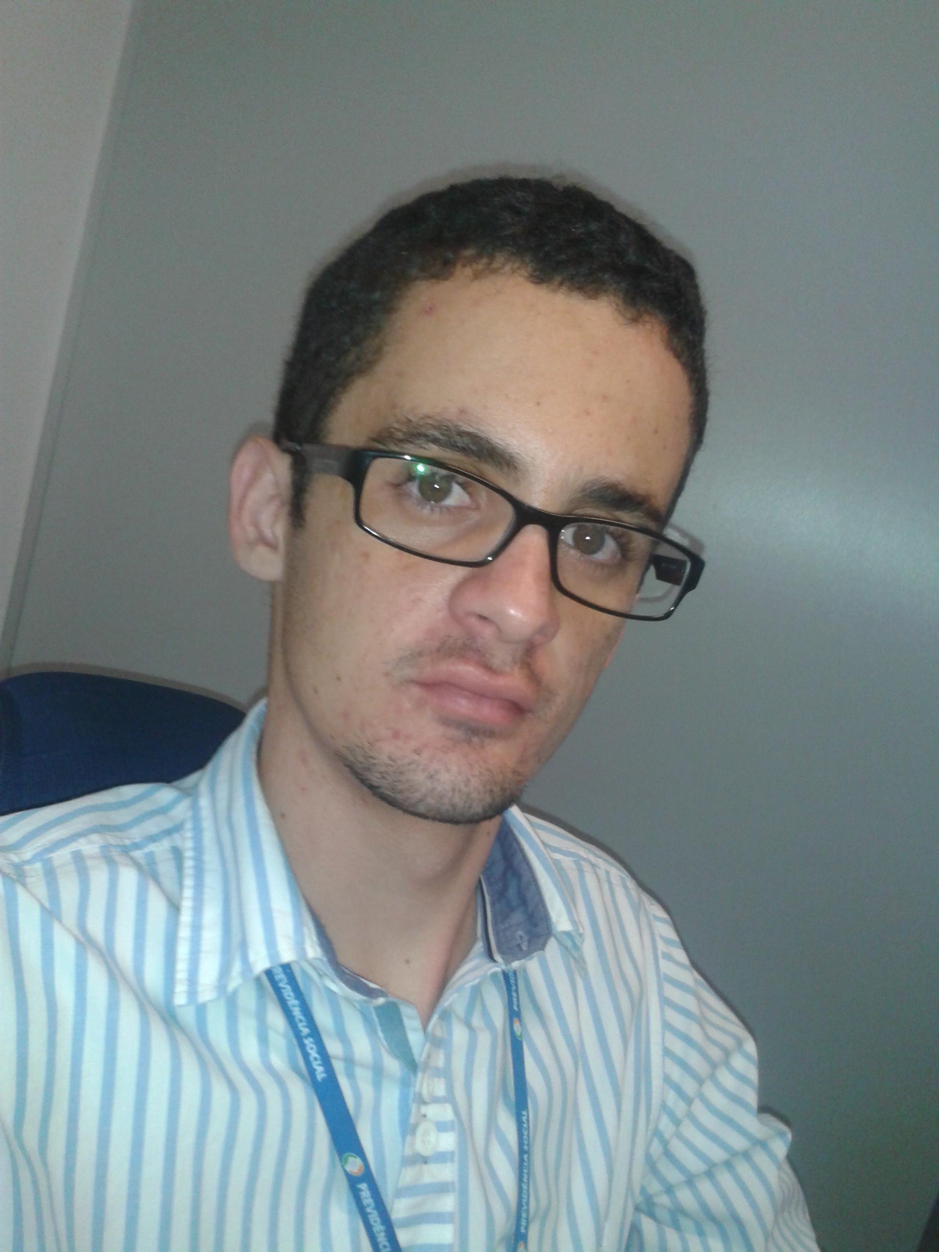 Paulo Henrique Amaral, aprovado no INSS com apenas 18 anos de idade