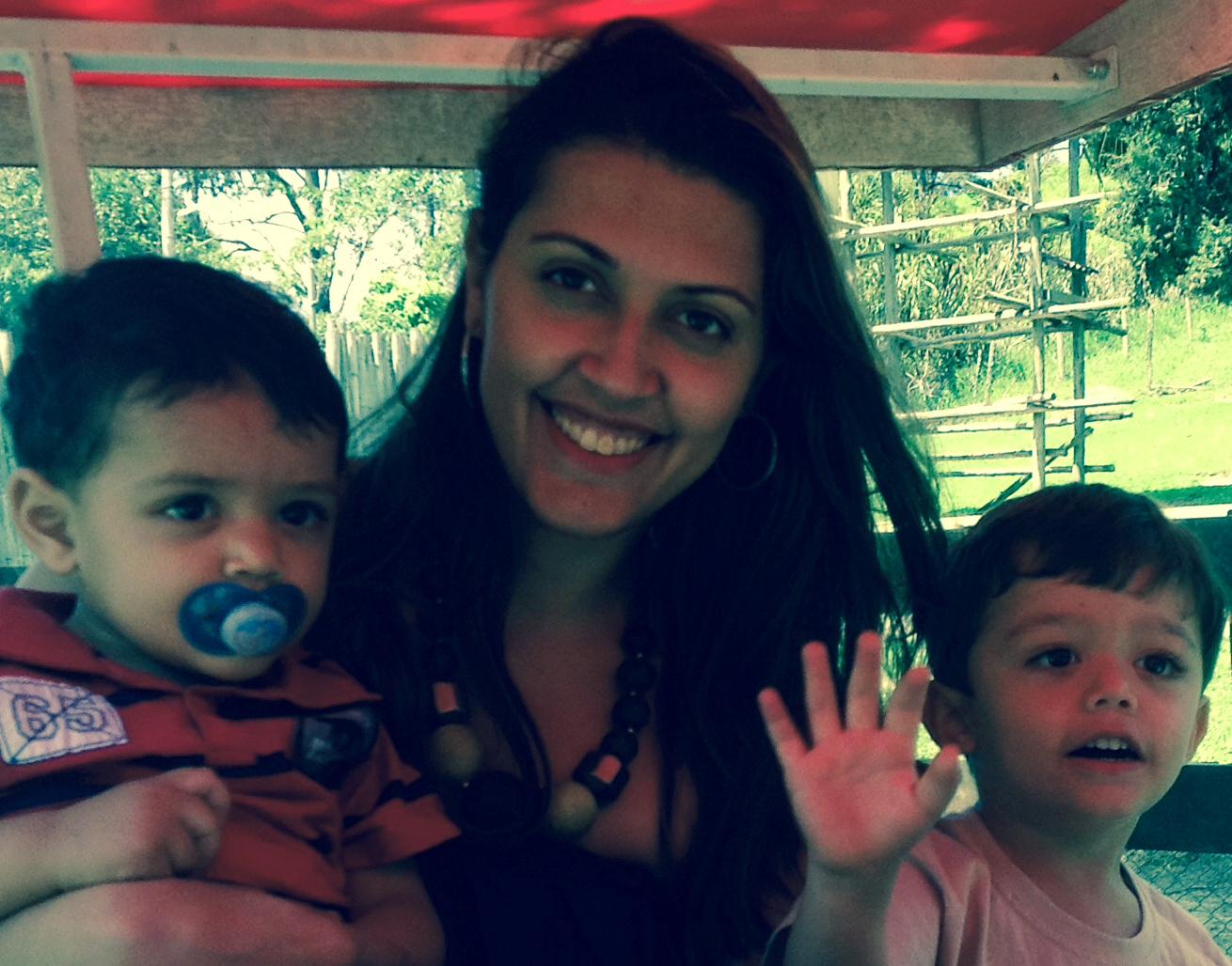 Gabriela Lubies - Mãe de 02 filhos, aprovada no ICMS/SP
