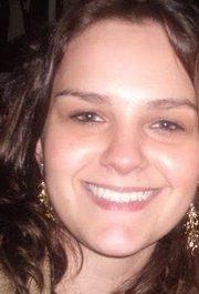 Anelise Faucz Kletemberg - Aprovada no concurso para Auditor Fiscal da Receita Federal/2014