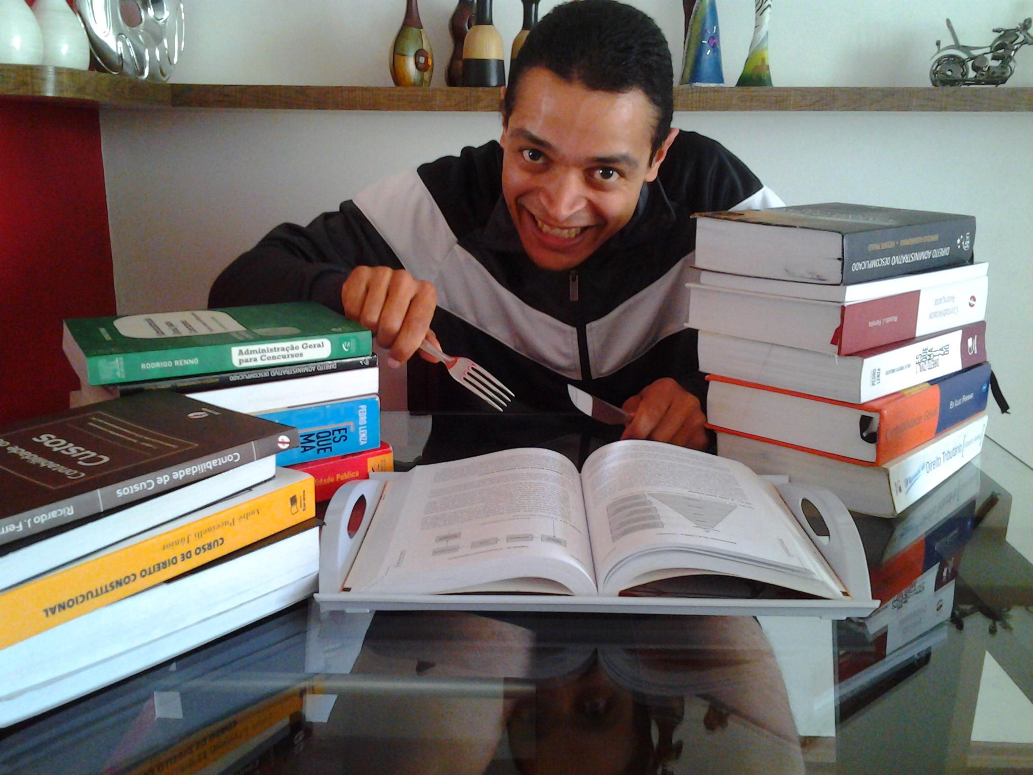 Adriano Fonseca - Aprovado no concurso de Auditor Fiscal Tributário Municipal de São Paulo