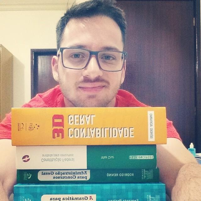 Ricardo Bourscheid - Aprovado no concurso de Técnico Tributário da SEFAZ/RS 2014