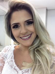 1ª colocada concurso INSS Renata Dantas