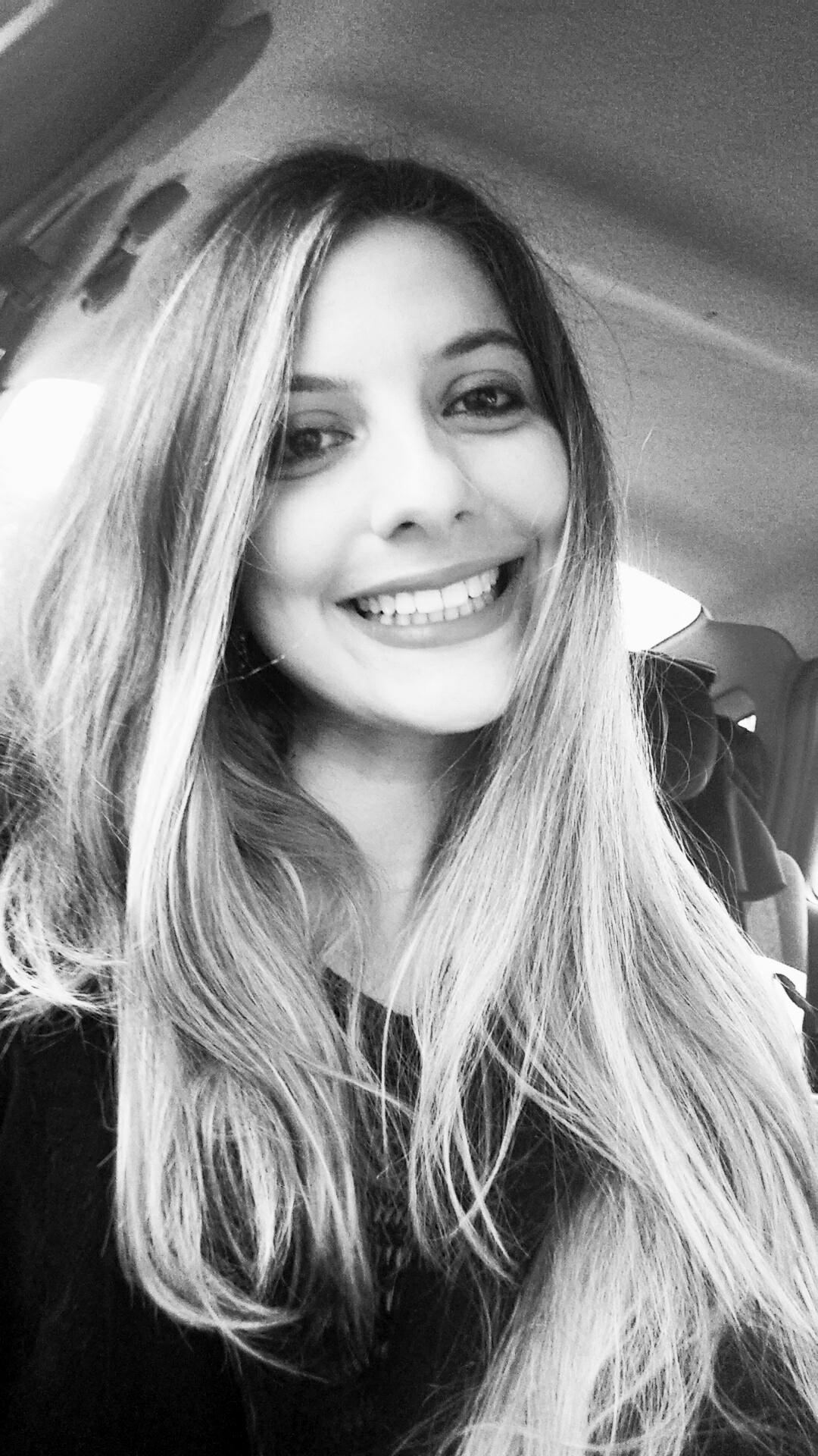 ENTREVISTA: Kamila Brandl - Aprovada em 1º lugar no concurso para Agente de Pesquisa e Mapeamento do IBGE