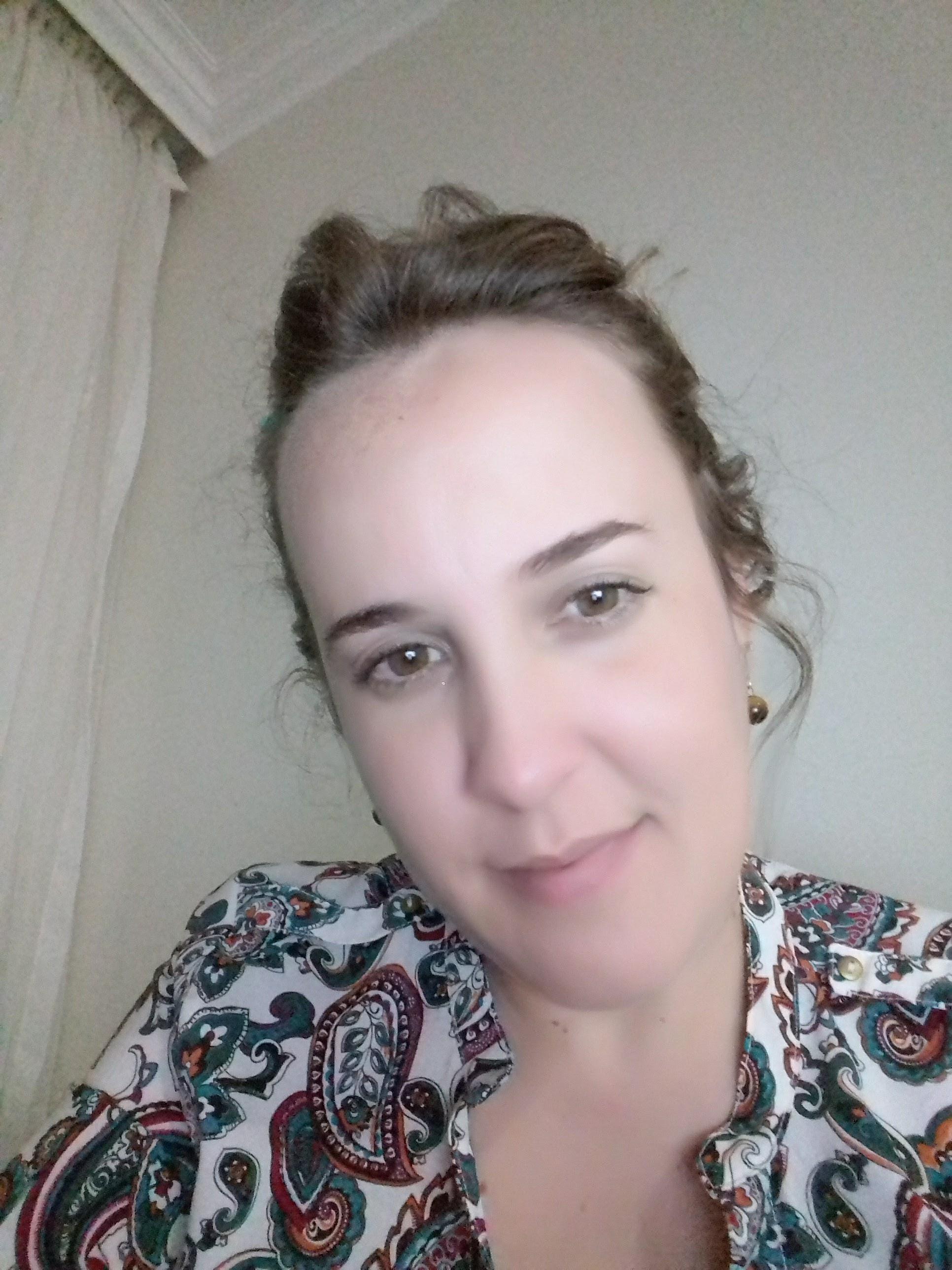 ENTREVISTA: Fabiana Braga - Aprovada no concurso da Agência Nacional de Vigilância Sanitária (ANVISA)