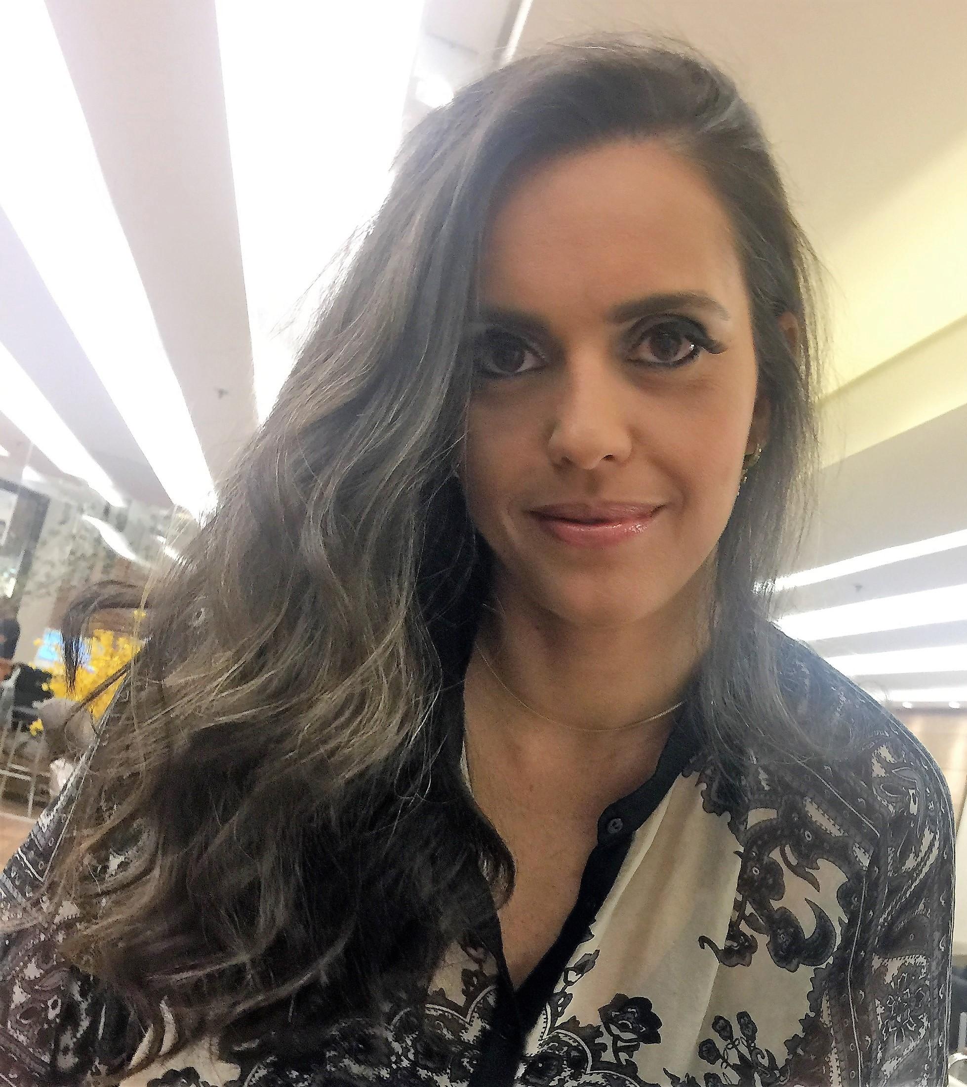 ENTREVISTA: Moema Machado - Aprovada em 1º lugar no concurso do TRF 2º Região para o cargo de analista judiciário, apoio especializado em arquitetura