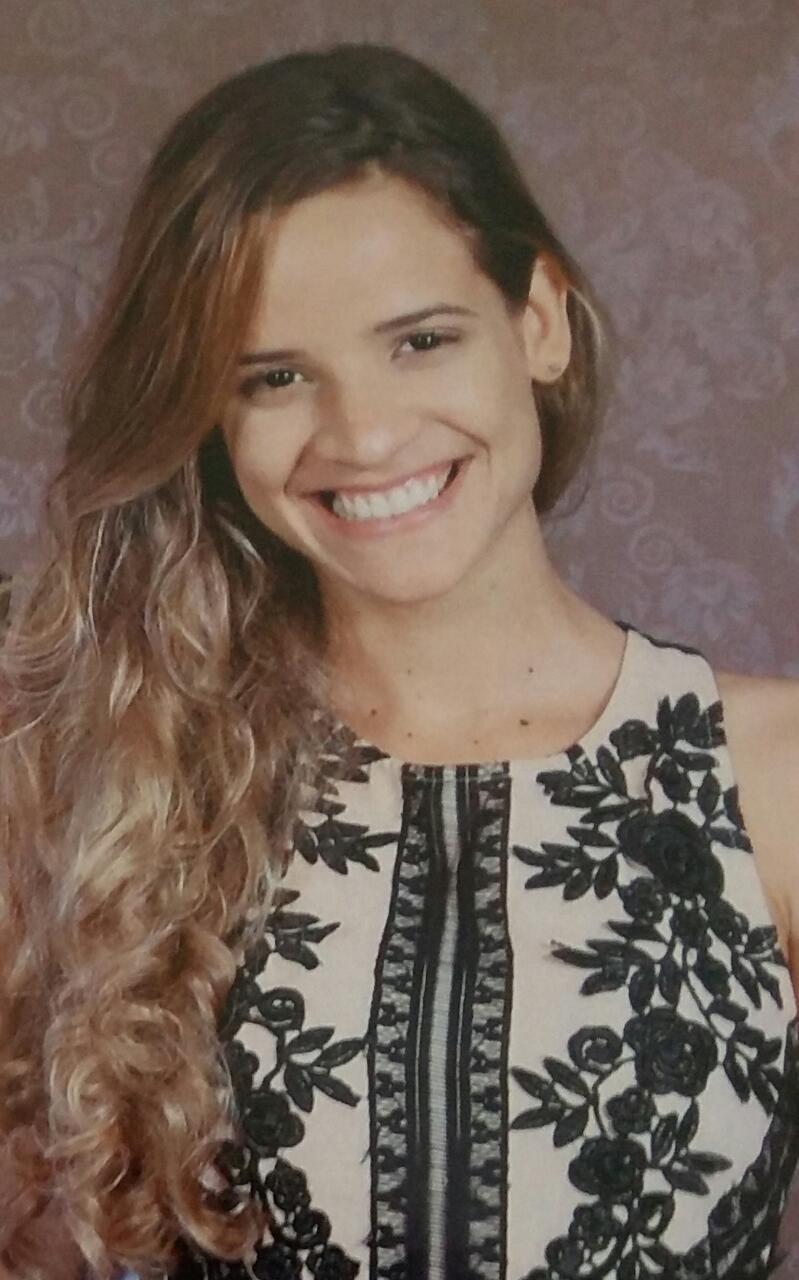 ENTREVISTA: Thallanta Araújo - Aprovada no concurso da FUNAPE no cargo de Analista em Gestão Previdenciária