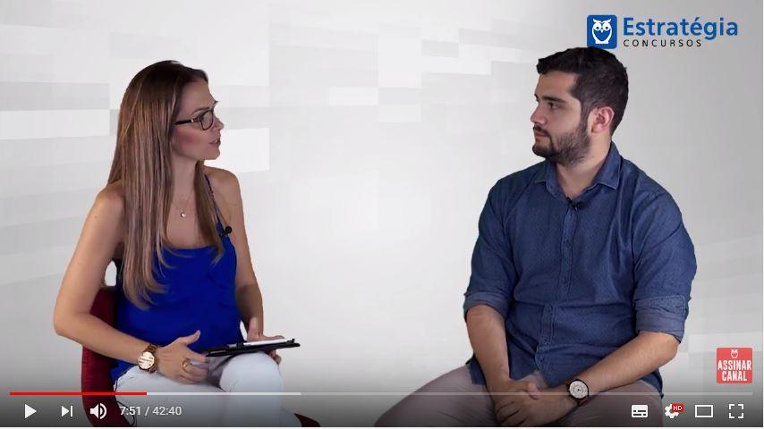 ENTREVISTA EM VÍDEO: Arthur Mendonça - Aprovado em 1º lugar no concurso TCE PE no cargo de Auditor de Controle Externo