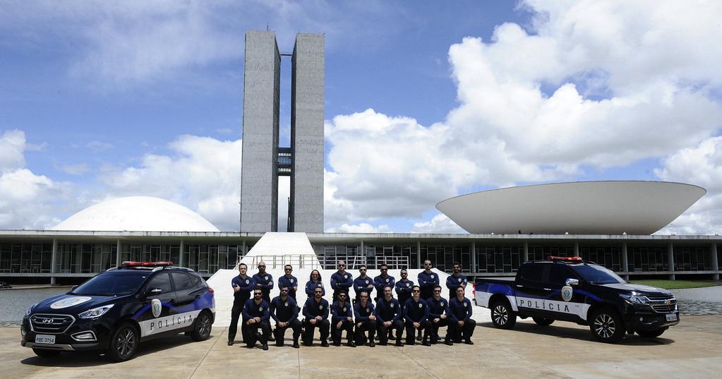 Resultado de imagem para policial legislativo senado