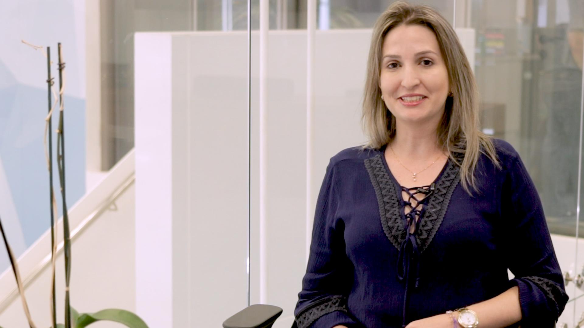 ENTREVISTA EM VÍDEO: Joilma Simões - Aprovada no TRT 15 para o cargo de Técnico Judiciário, polo São José dos Campos