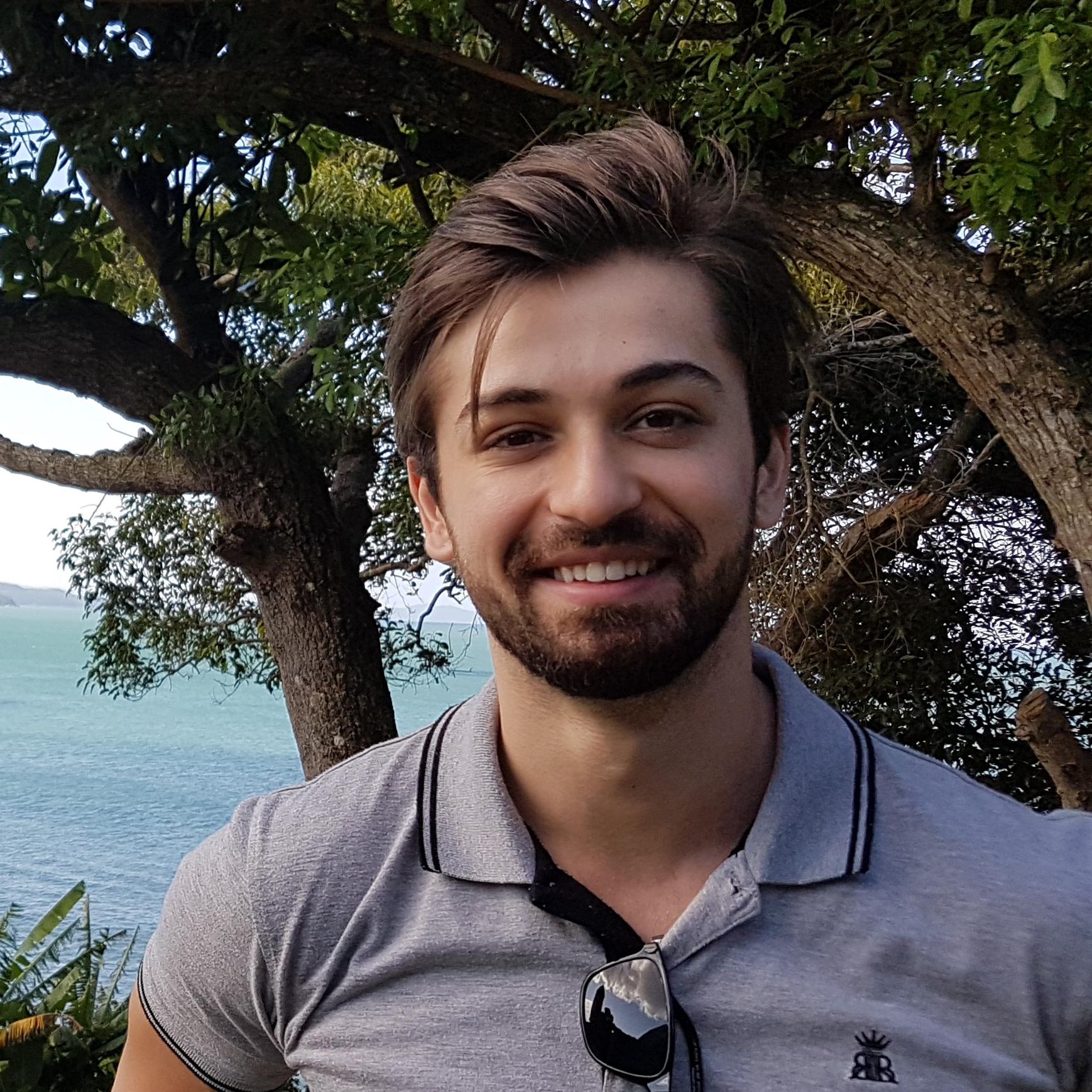 ENTREVISTA: Rodrigo Drebes Bet - Aprovado em 28º lugar no concurso SEFAZ RS para o cargo de Auditor-Fiscal da Receita Estadual