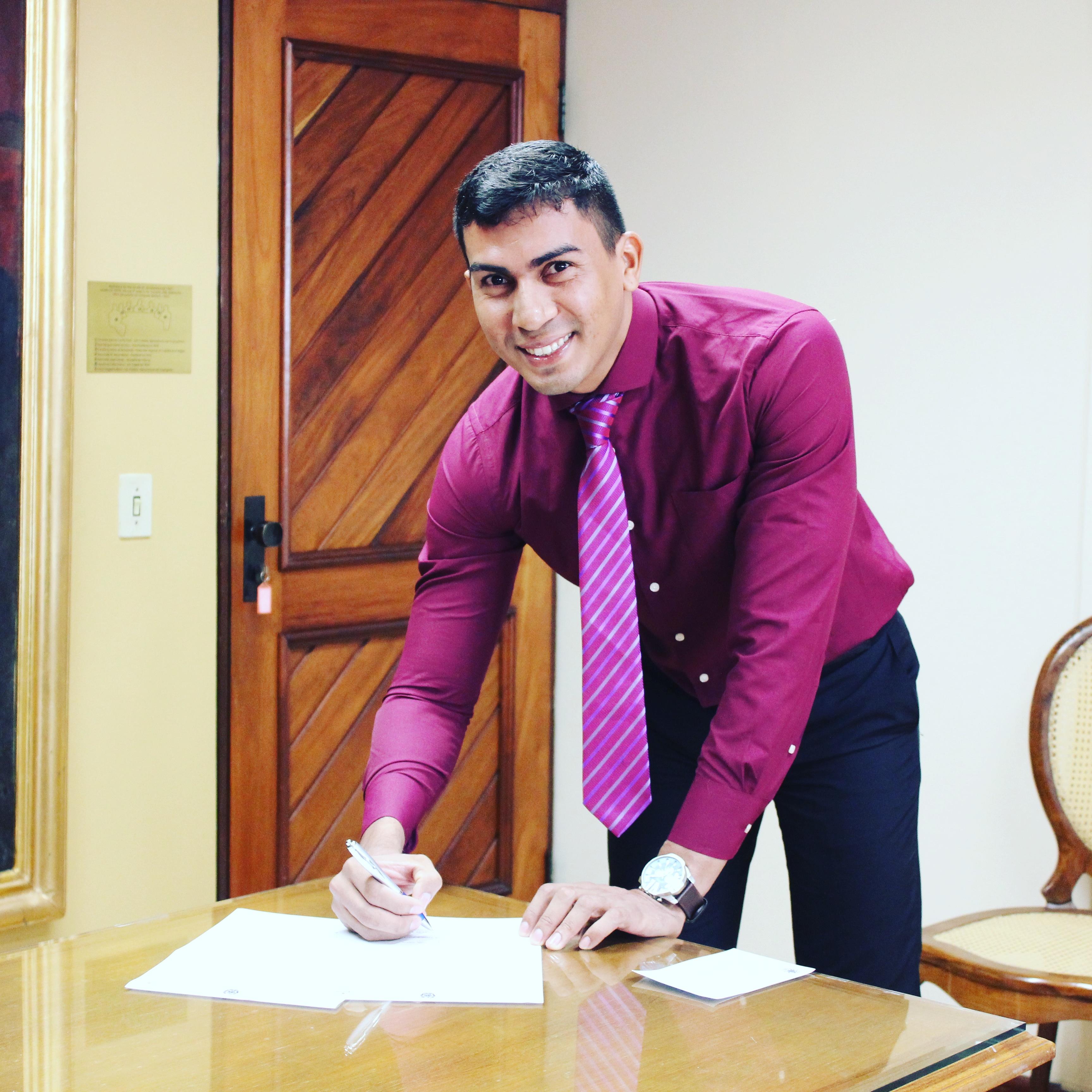 ENTREVISTA: Maurício Silva - Aprovado no concurso TRF 1 em 2° lugar para o cargo AJAA