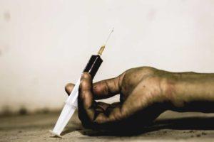 Redação sobre drogas: o que é dependência química?