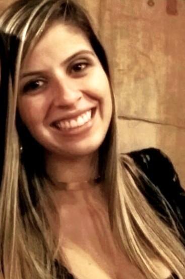 ENTREVISTA: Evilin de Faria - Aprovada no concurso da Polícia Civil de São Paulo no cargo de Escrivão