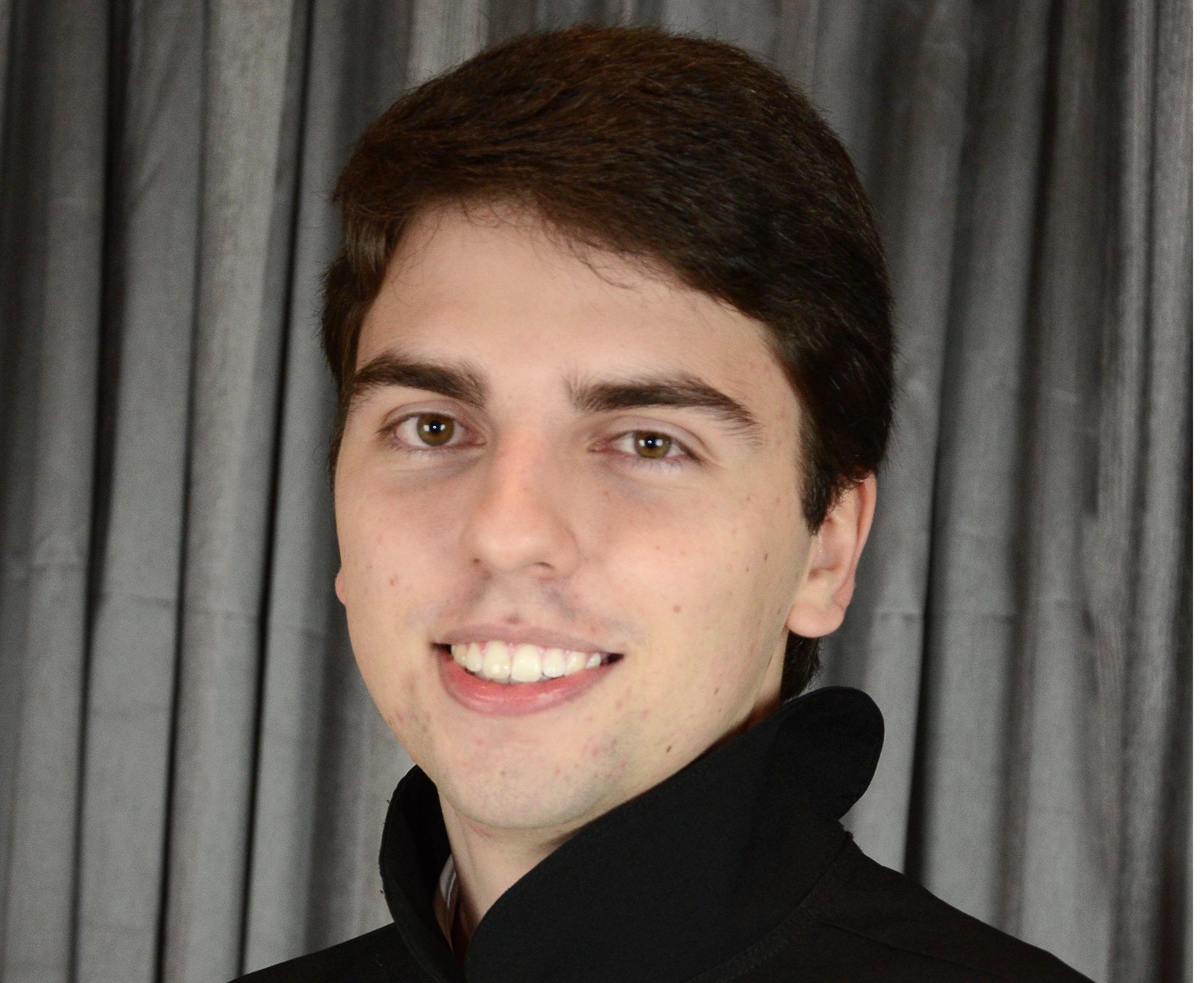 ENTREVISTA: Felipe Simões de Vasconcelos Abreu - Aprovado em 6º lugar no concurso SEFAZ BA para o cargo de Auditor Fiscal / área Administração Tributária