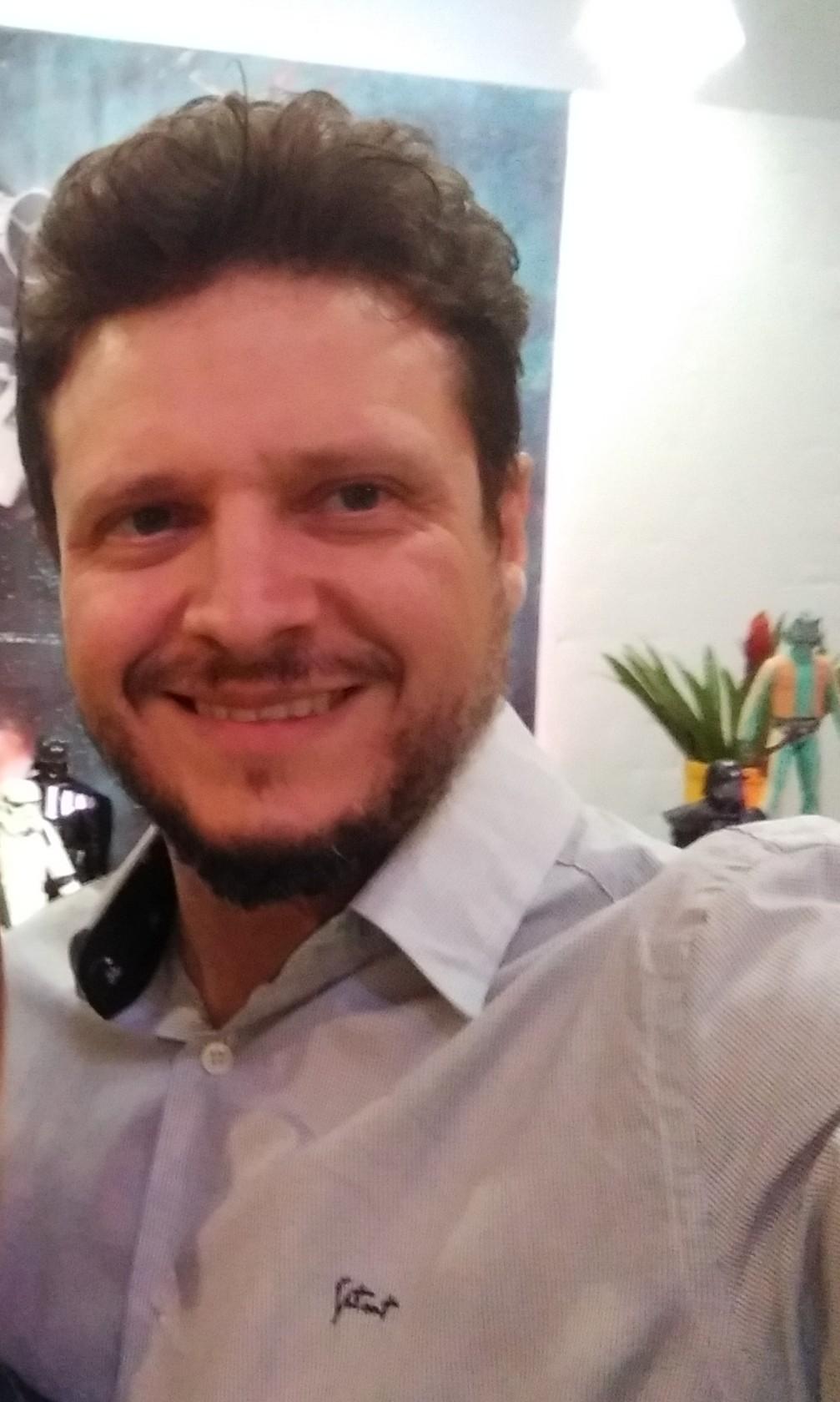 ENTREVISTA: Emilson Feliciano - Aprovado  no concurso ISS Curitiba em 10º lugar no cargo de Auditor Fiscal