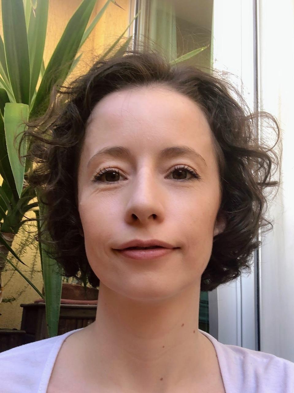 ENTREVISTA: Fabiele Fritzen - Aprovada em 1° lugar no concurso CLDF no cargo de Consultor Legislativo em saúde