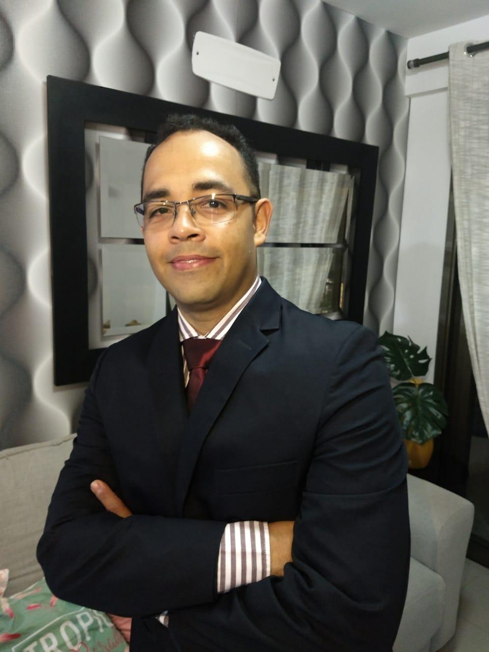 ENTREVISTA: Tiago Batista - Aprovado no Exame de Qualificação Técnica para Perito Contábil