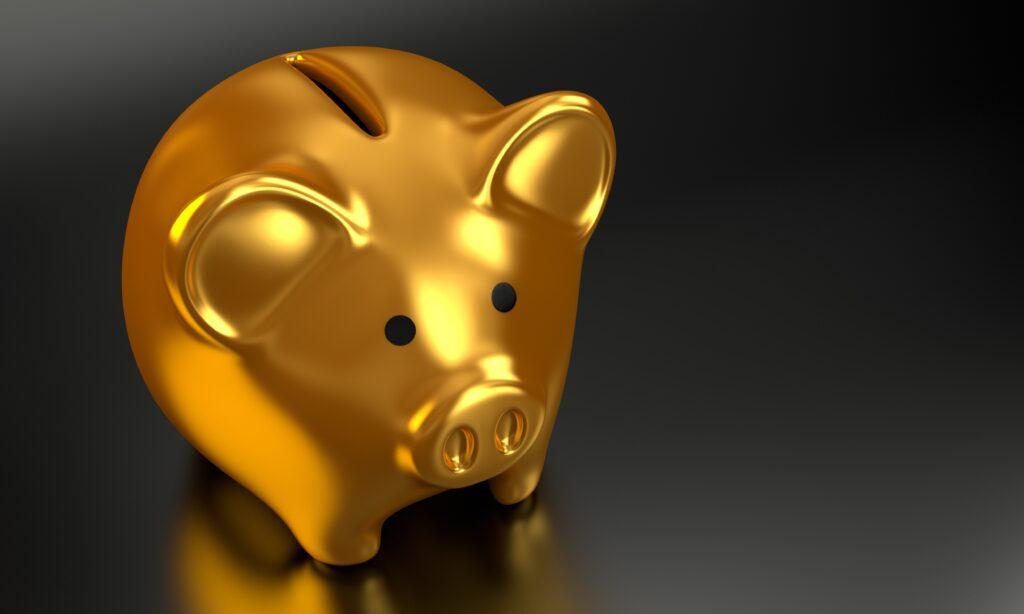 A previsão de impenhorabilidade da poupança veio primeiro no CPC/1973.