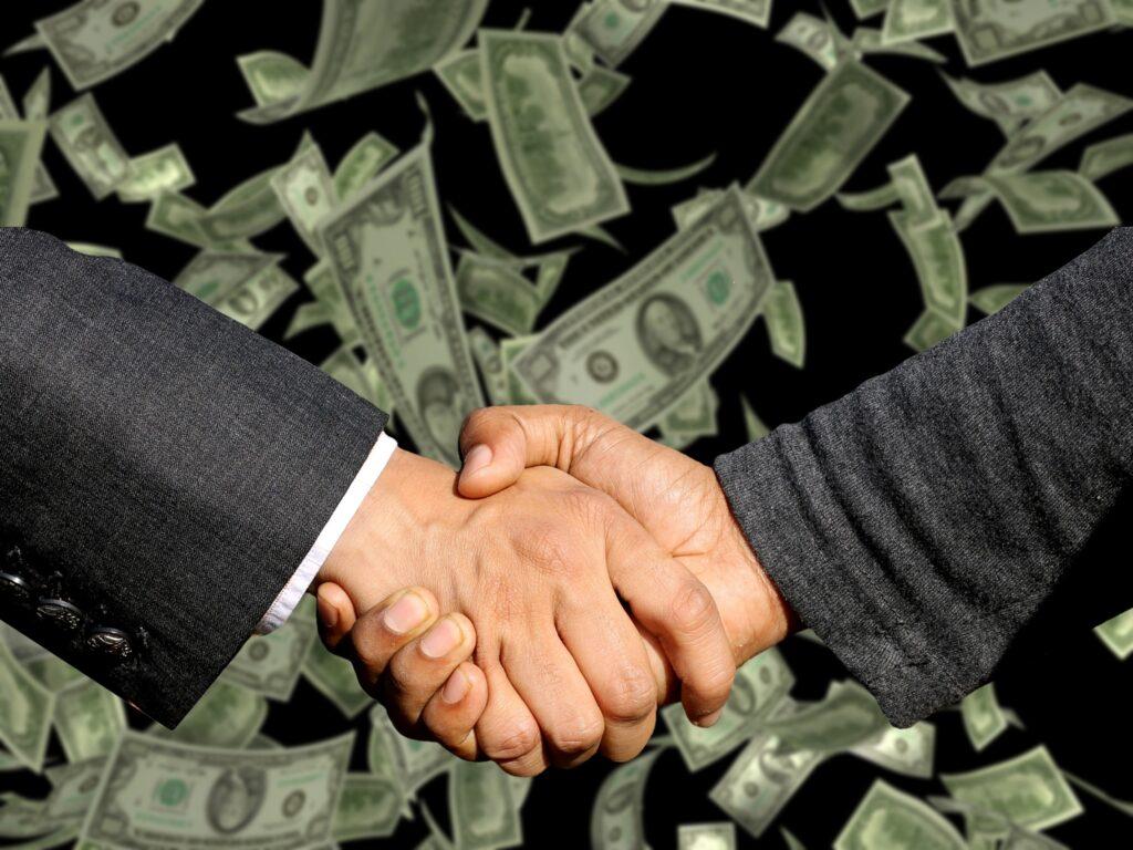 A União não pode cobrar dos Estados e Municípios mais do que dos seus próprios rendimentos e servidores, pela isonomia federativa